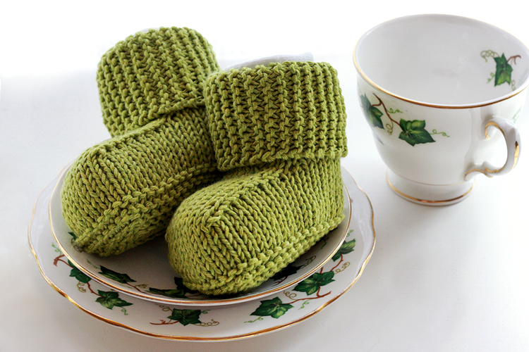 Free Knitting Pattern Knitted Baby Uggs Things For Boys