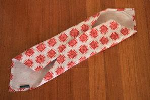Tea towel gift wrapping