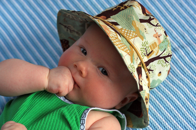 19. Piping on Oliver + S Bucket Hat