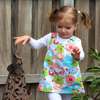 Things for Girls: Roly Poly Pinafore