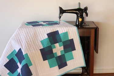 Two-Tone Luminous Quilt