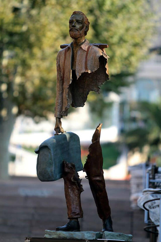 Bruno Catalano sculture in bronzo dipinto