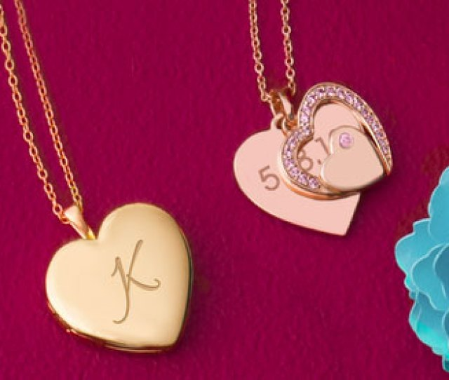 Gols And Rose Gold Necklaces Found In Graduation Gifts For Her