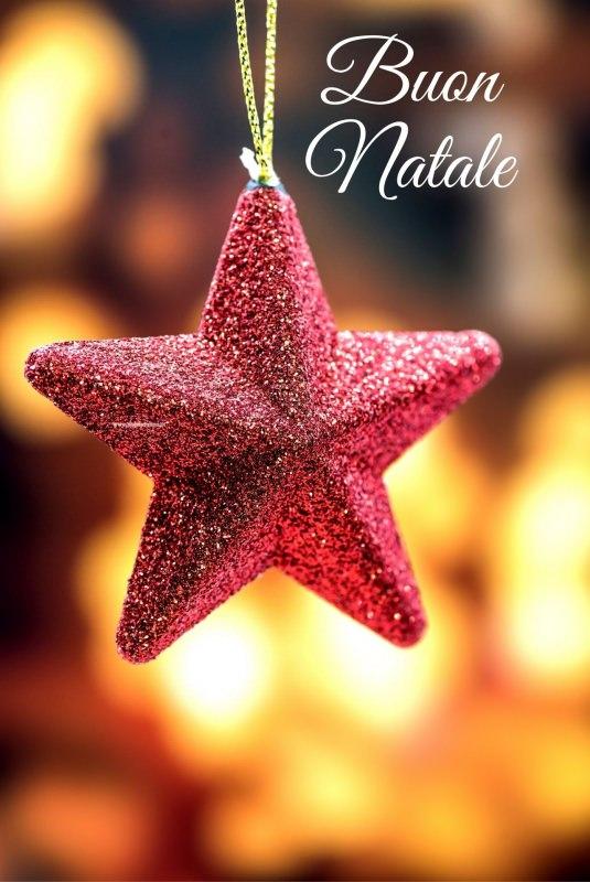 Le frasi più originali, religiose o divertenti da inviare su whatsapp. 10 Frasi Semplici E Originali Per Gli Auguri Di Natale