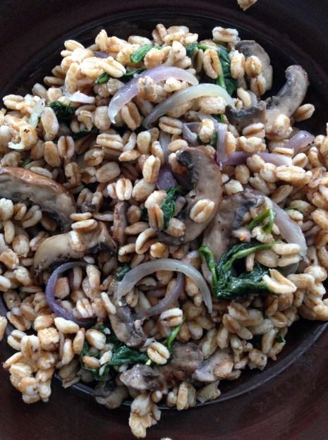 mushroom spinach farro