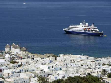 Seadream outside Mykonos.
