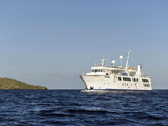 Isabella II in Galapagos.