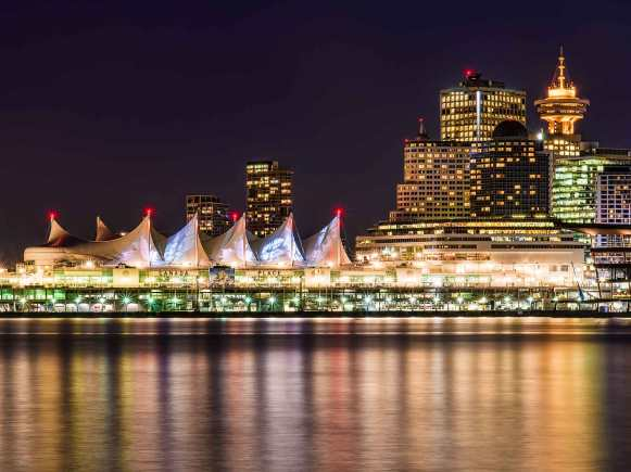 Top 5 attractions in vancouver thinkingoftravel canada place in vancouver at night publicscrutiny Image collections