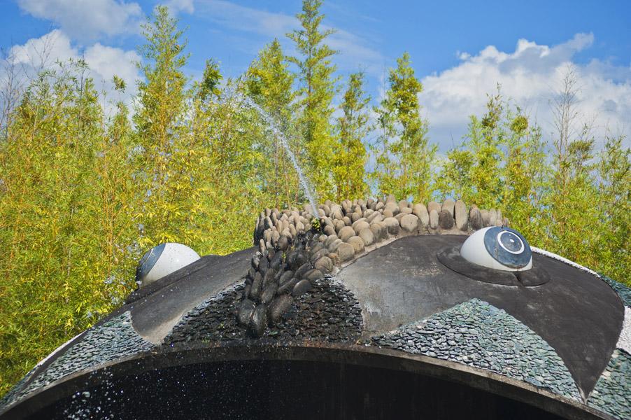parco di pinocchio e giardino garzoni getto acqua pescecane
