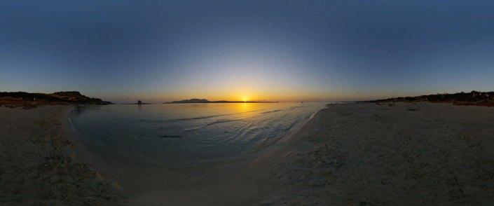 Alba alla spiaggia della Pelosa a Stintino