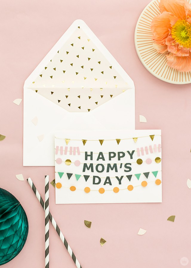 Signature cards created by 100 Layer Cakelet