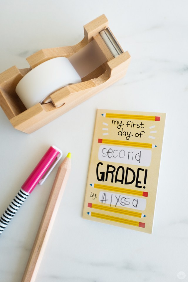 Back to school zine: A tiny booklet to personalize