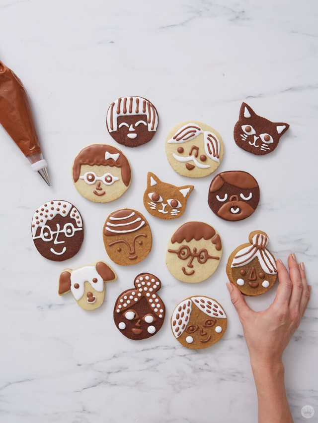 Cookie faces decorated to look like friends, family, and pets | thinkmakeshareblog.com