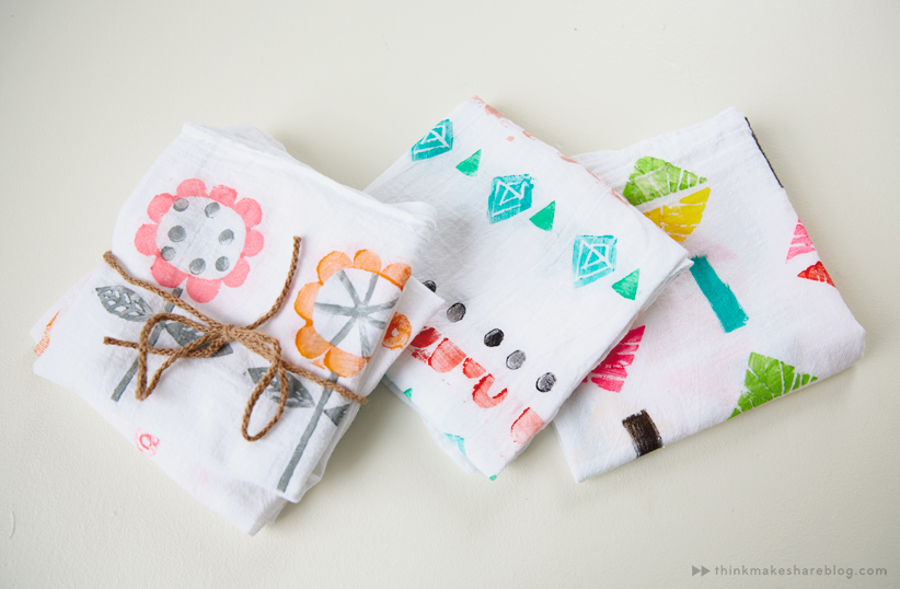 Easy DIY gift idea for mom: Hand-stamped tea towels - Think