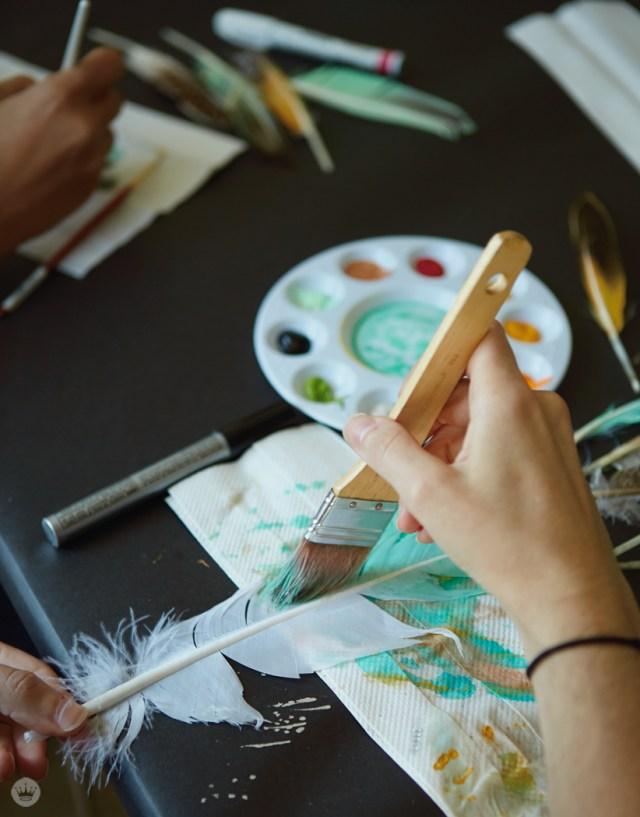 DIY painted feather art | thinkmakeshareblog.com