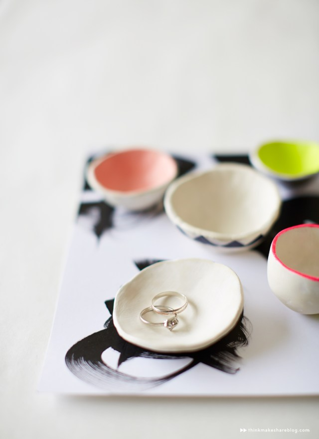 Dorm room decor: Tiny adorable pinch pots
