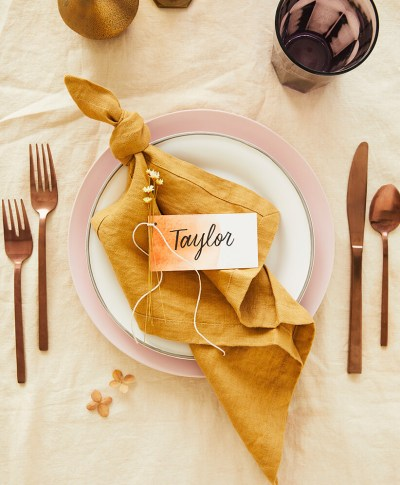 Dip Dye Thanksgiving Placecards | thinkmakeshareblog.com