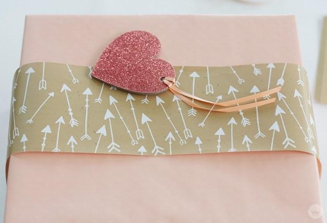 Gift Wrap Workshop | thinkmakeshareblog.com