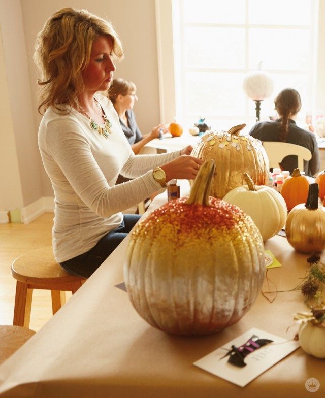 Glam pumpkin decorating with Hallmark's Signature design team | thinkmakeshareblog.com
