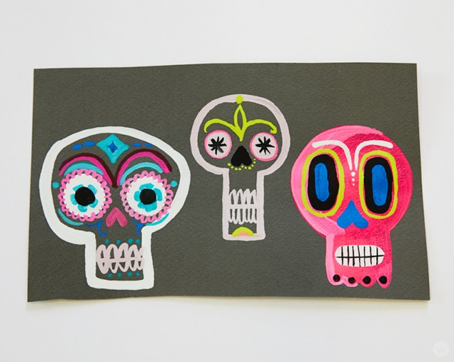 Gouache Workshop: Painted sugar skulls on dark background