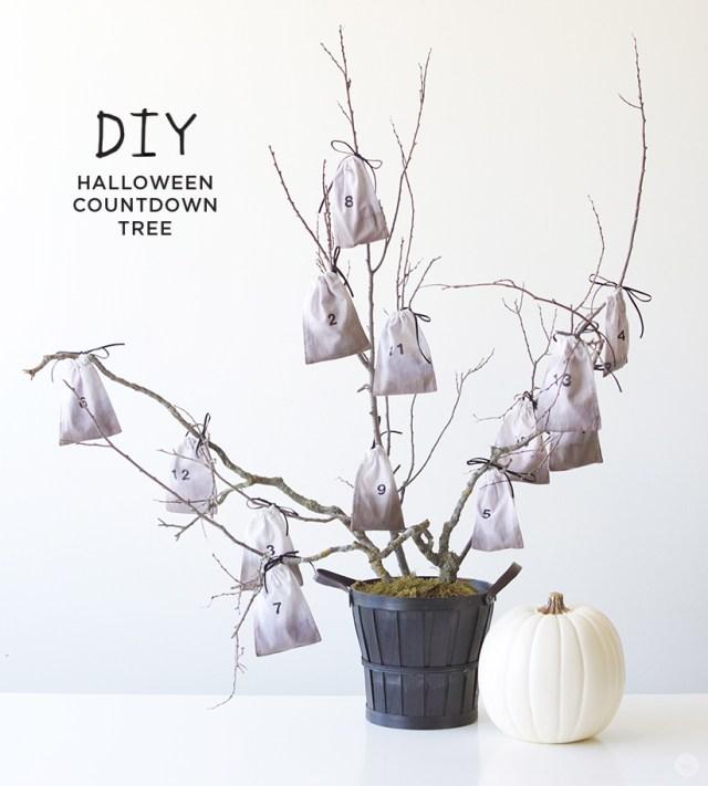 Halloween Countdown Tree | thinkmakeshareblog.com