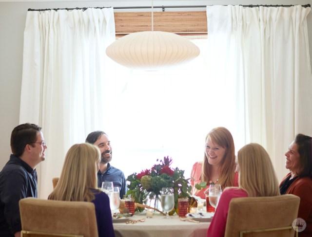 Host a No Fuss Friendsgiving Dinner | thinkmakeshareblog.com