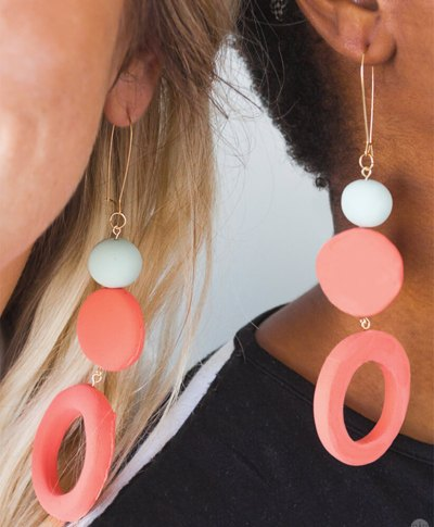 Crayola Model Magic Jewelry DIY | thinkmakeshareblog.com