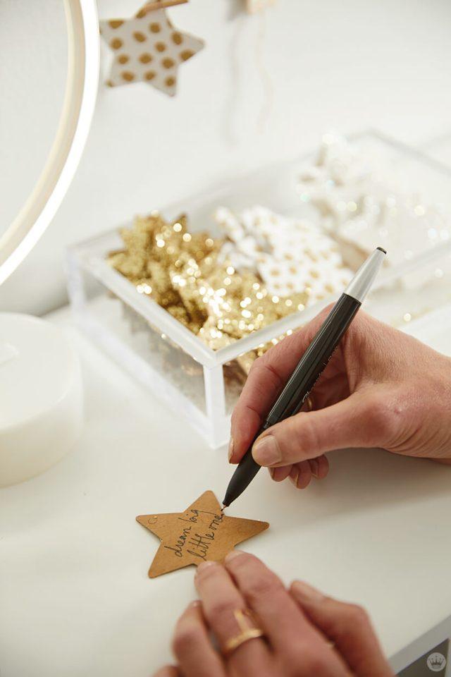 Wrinting a wish upon a star to hang on the wall hanging | thinkmakeshareblog.com