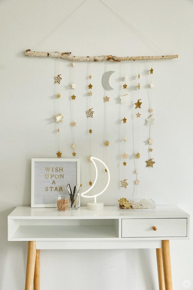 DIY Star Wall Hanging | thinkmakeshareblog.com