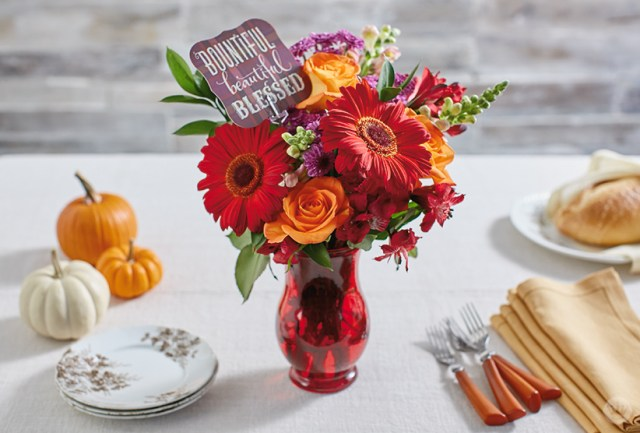 Thanksgiving Centerpiece | thinkmakeshareblog.com