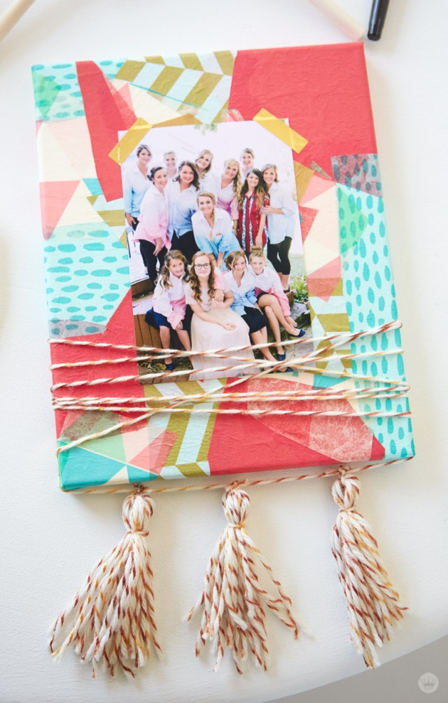 Dorm room decor: DIY wall art + photo holder