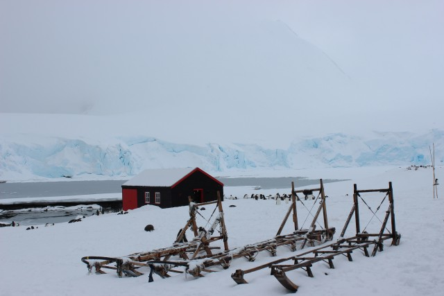 Deep snow over the Antarctic landscape