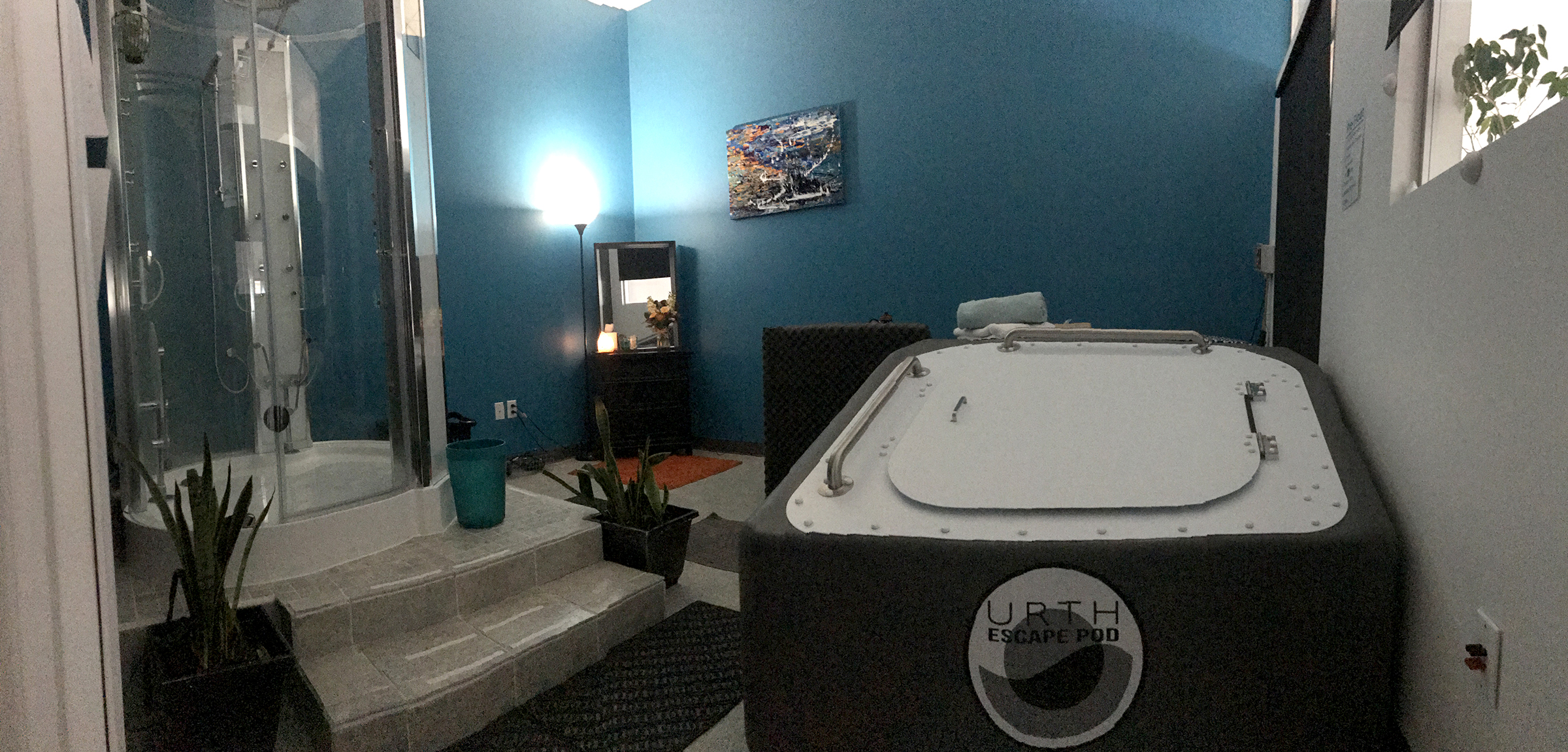 Float room urth with showers and custom lighting
