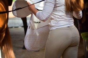 ThinLine Numnah Dressage Saddle Pad Tacking up