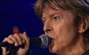 David Bowie performs the entire 'Low' album at Meltdown Festival