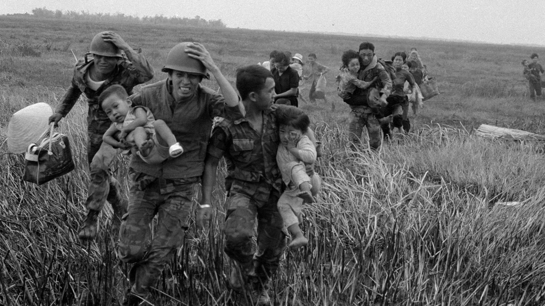 The Vietnam War On Pbs Q Amp A With Filmmakers Ken Burns And