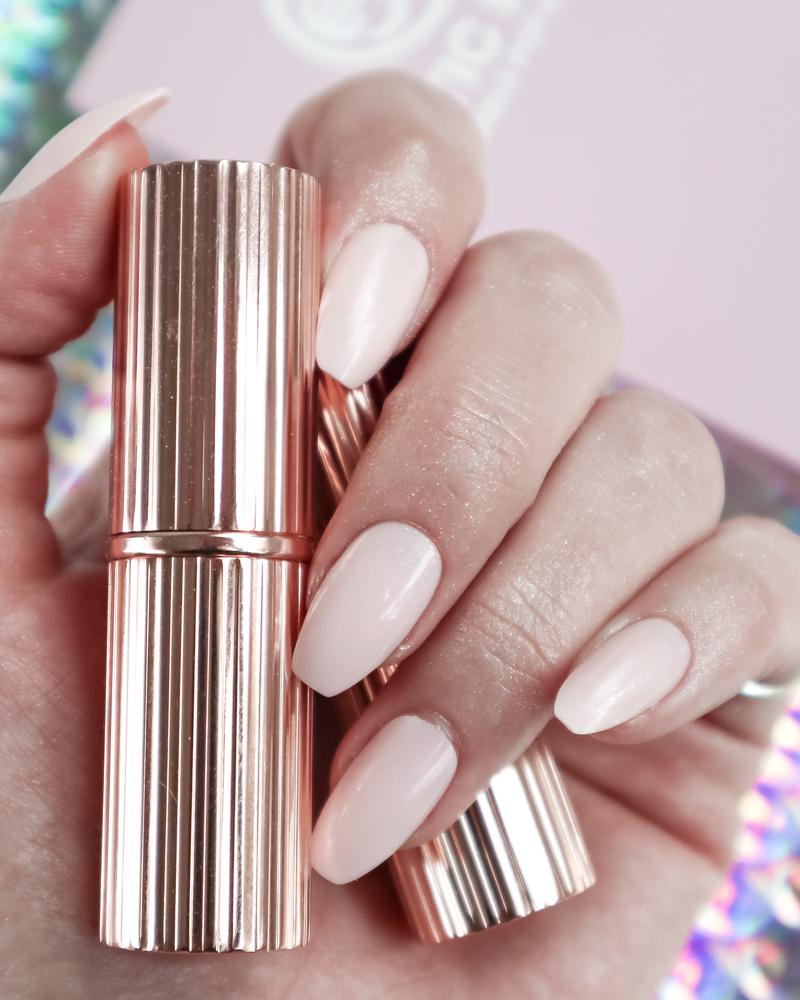 Static-Reusable-Popon-nails