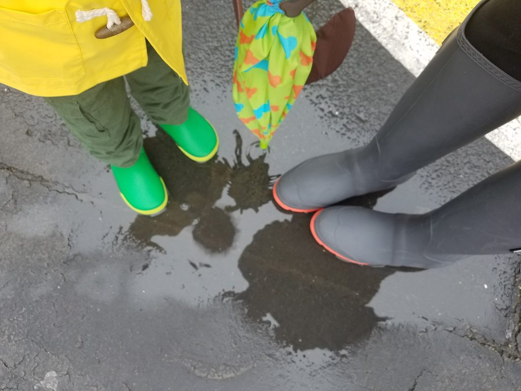 35211acfb96 Spring Puddle Jumping in Kamik Rainboots