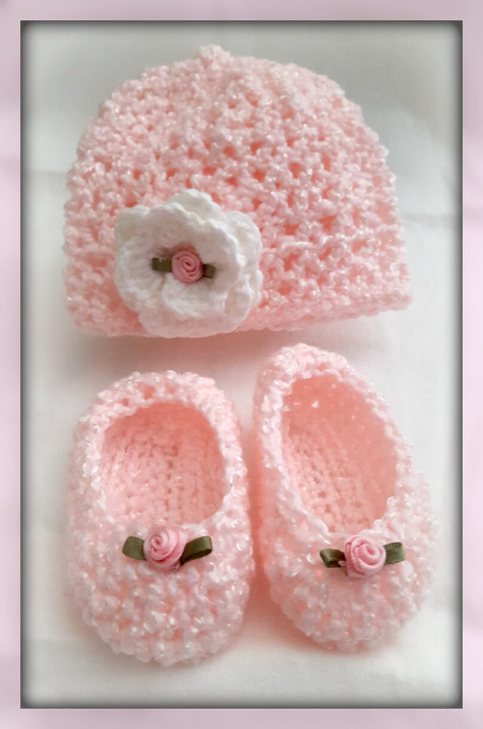 Crocheted Newborn Hat and Slippers from www.thisautoimmunelife.com