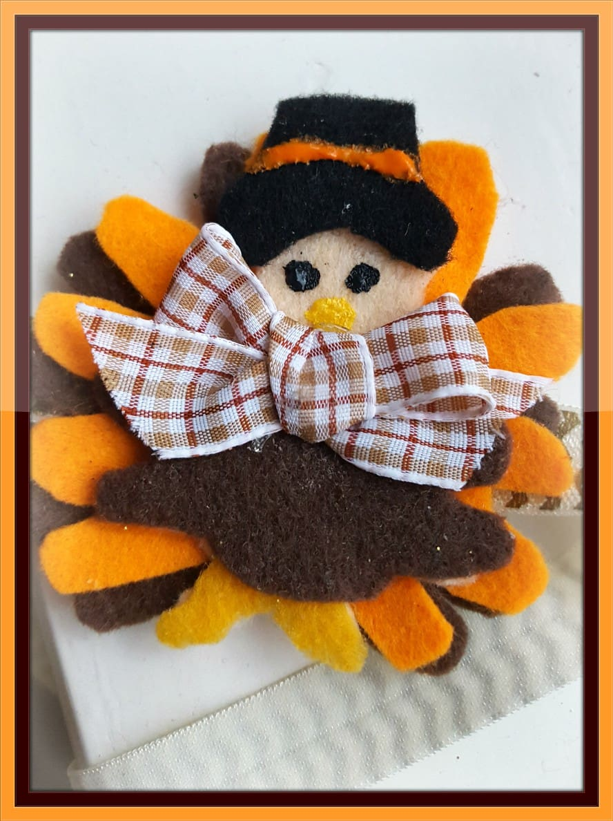 Thanksgiving Turkey Head Band for the October Pinterest Challenge from www.thisautoimmunelife.com #Thanksgiving #Turkey #headband