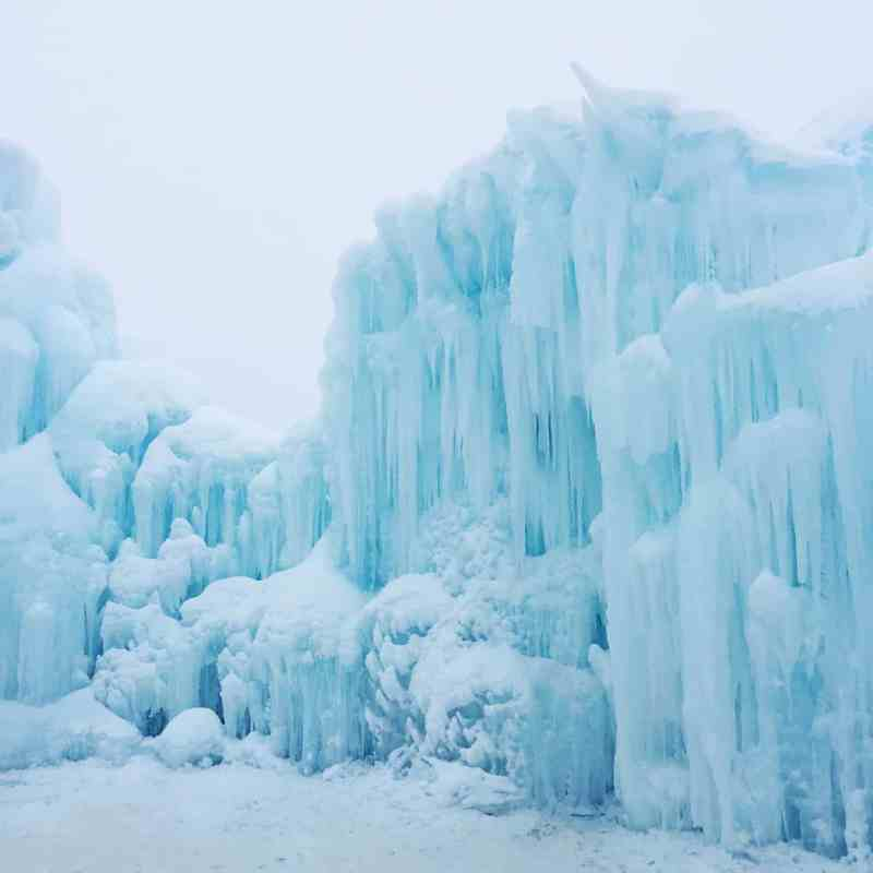 50 Things to do in Alberta in Winter!