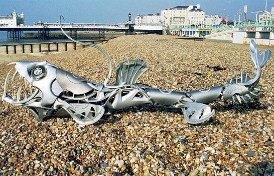 beach-steel-sculpture