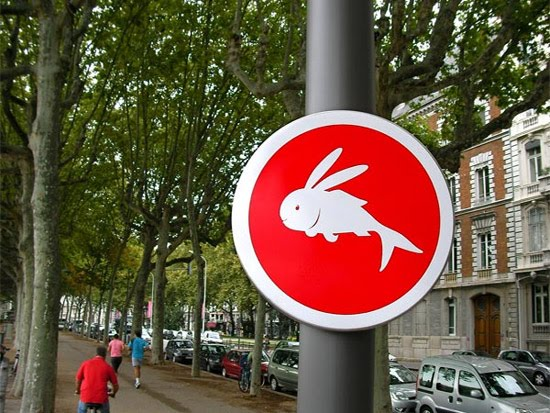 rabbit-fish-sign