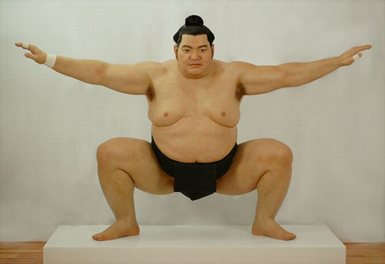 sumo-wrestler-sculpture