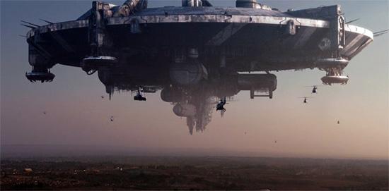 district-9-spaceship