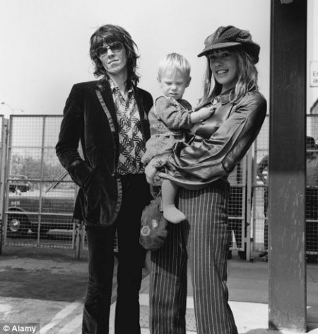 19 tales about Keith Richard's insane Lifestyle includes being a family man