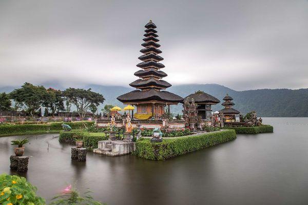 Most Beautiful Temples In Asia Conclude With Pura Ulun Danu Bratan