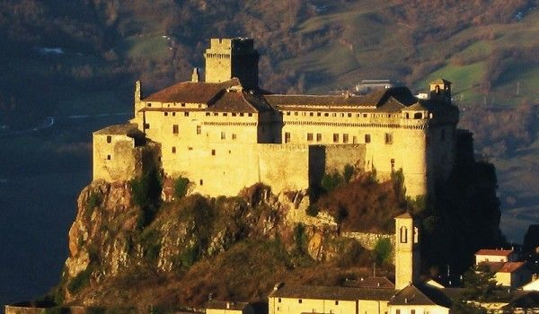 Most Haunted Castles In The World Include Castle Of Bardi