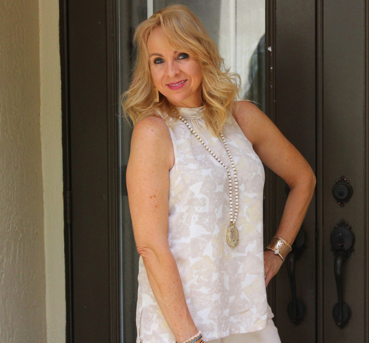 Target Prologue Sleeveless Blouse and Old Navy Cream Cropped Pants