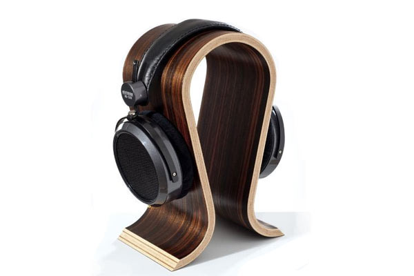 wooden-anniversary-gifts-for-men